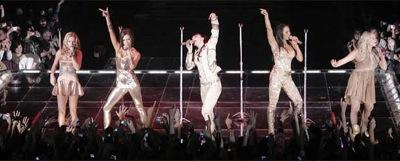 Spice_Girls_-Geri_Halliwell_Victoria_Beckham_Mel_C_Mel_B_Emma_Bunton-.jpg