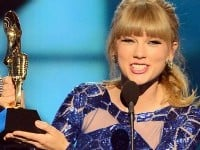 flash-taylor-swift-