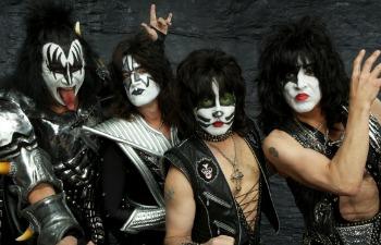 kiss-grupo
