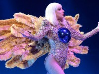 lady-gaga-tour2