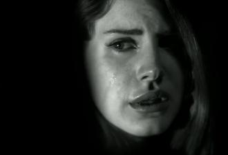"""Lana Del Rey, """"violada"""" en un vídeo inédito de Marilyn Manson"""