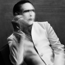 Marilyn Manson canta con Smashing Pumpkins