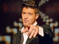Robin-Thicke-flop