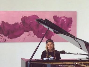 beyonce-piano