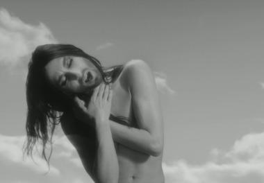 Conchita Wurst Imparable Se Desnuda Jenesaispopcom