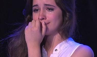 camila-cabello-crying
