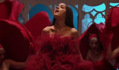 Ariana Grande y John Legend te ponen el azúcar por las ...