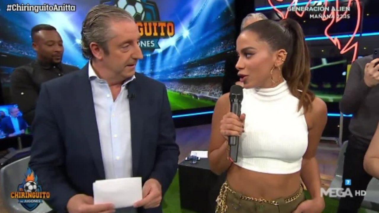 Wtf Confuso Paso De Anitta Por El Futbolero El Chiringuito De Jugones Actuación Incluida Jenesaispop Com